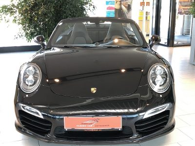 Porsche 911 Carrera Turbo S Cabrio DSG bei Autoebner in