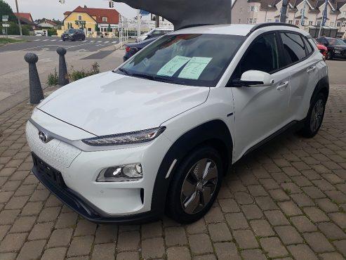 Hyundai Kona Elektro Level 4 bei Autohaus ebner in