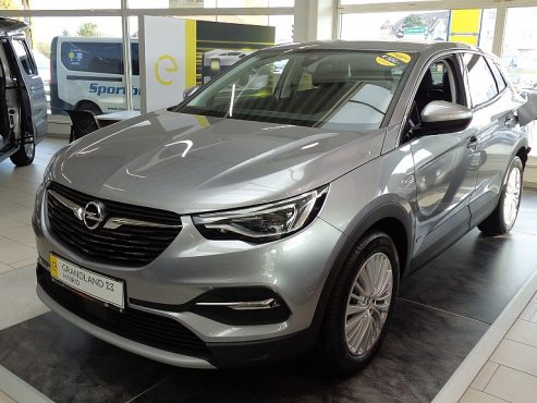 Opel Grandland X 1,6 Turbo PHEV Innovation bei Autohaus ebner in