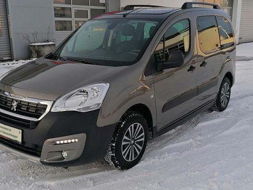 Peugeot Partner Tepee Outdoor 1,2 PureTech 110 bei Autohaus ebner in