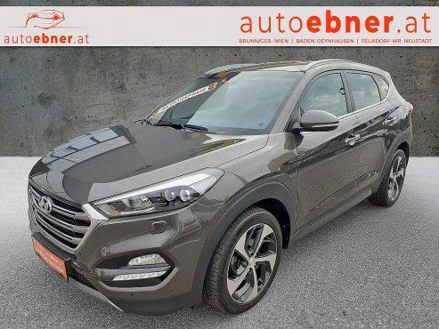 Hyundai Tucson 2,0 CRDI 4WD Style Aut. bei Autohaus Ebner in